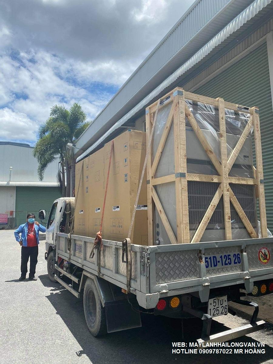 Nhà thầu chuyên lắp đặt máy lạnh tủ đứng công nghiệp gia rẻ tại HCM