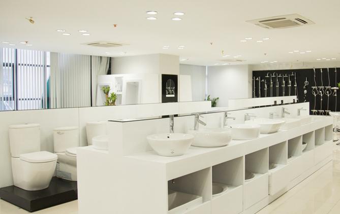 may-lanh-am-tran-cho-showroom.jpg